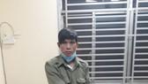 Thanh niên mặc đồ giả dân phòng để đi mua ma tuý sử dụng trong mùa dịch Covid-19