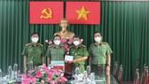 Đoàn công tác của Công an TPHCM do Đại tá Nguyễn Sỹ Quang, Phó Giám đốc Công an TPHCM làm Trưởng đoàn đã tới kiểm tra, thăm hỏi các bộ chiến sĩ của Công an huyện Bình Chánh