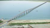 Toàn cảnh cây cầu vượt biển dài nhất Việt Nam