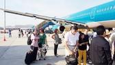 Vietnam Airlines áp dụng mức thu phí sân bay và phí soi chiếu an ninh mới từ 1-10