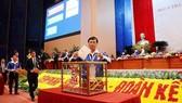 Các đại biểu bỏ phiếu bầu BCH Trung ương Đoàn khoá XI