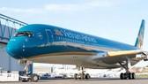 Một hành khách tự mở cửa thoát hiểm trên máy bay