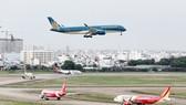 Hai đường cất hạ cánh tại Nội Bài, Tân Sơn Nhất xuống cấp nghiêm trọng