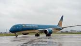 Máy bay Vietnam Airlines gặp sự cố về lốp tại Sân bay Tân Sơn Nhất