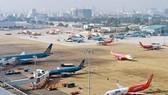 Tạm dừng vận chuyển công dân Việt Nam về sân bay Tân Sơn Nhất