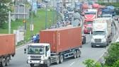 Bổ sung nhiều phương án lưu thông cho xe quá cảnh qua TPHCM