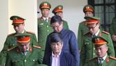 Ông Phan Văn Vĩnh không dự buổi tuyên án do sức khỏe yếu
