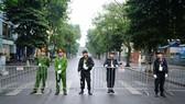 An ninh chốt chặn mọi ngả đường về khách sạn Sofitel Metropole