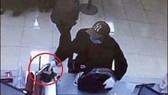 Nghi can nổ súng cướp ngân hàng ra đầu thú