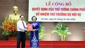 Tân Thứ trưởng Bộ Nội vụ Phạm Thị Thanh Trà hứa nỗ lực phấn đấu để hoàn thành mọi nhiệm vụ