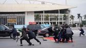 Diễn tập bảo vệ nguyên thủ khi bất ngờ có khủng bố