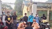 15 thanh niên chuẩn bị đua xe trái phép thì bị phát hiện