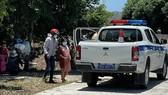 2 cảnh sát giao thông phải cách ly sau khi đưa vợ chồng sản phụ đi cấp cứu