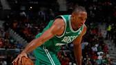 Al Horford tỏa sáng, giúp Celtics thắng trận thứ 1 liên tiếp