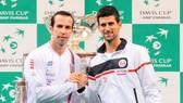 Stepanek (trái) và Djokovic, từ địch thủ trở thành thầy - trò