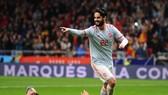 Isco Alarcon ăn mừng chiến thắng trước Argentina