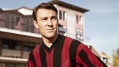 Jimmy Greaves trong màu áo AC Milan