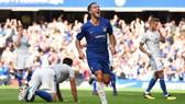 """Eden Hazard đã chơi thứ bóng đá """"nước chảy mây trôi"""" trong trận thắng Cardiff"""
