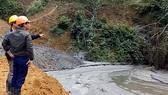 Hiện trường vụ vỡ đập bùn thải thiếc