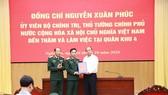 Thủ tướng Nguyễn Xuân Phúc thăm và làm việc tại Quân khu 4, tỉnh Nghệ An