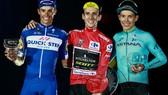 Simon Yates khép lại một năm thành công của xe đạp Anh quốc với chiếc Áo đỏ ở Vuelta
