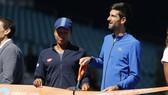 Novak Djokovic trong buổi lễ định danh sân đấu mới ở Miami Open