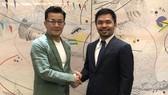 Manny Pacquiao bắt tay với Chủ tịch Rizin, ông Nobuyuki Sakakibara