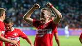 Schurrle ăn mừng bàn thắng đầu tay ở giải RPL