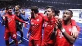 Các cầu thủ Bayern cần giữ đôi chân trên mặt đất, sớm quên quá khứ để tập trung cho mùa giải mới