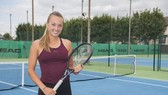 Tay vợt nữ xinh đẹp Sara Cakarevic