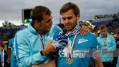 Dzyuba và Lombaerts khi chơi cho Zenit Saint Petersburg