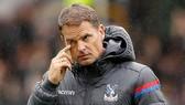 HLV người Hà Lan Frank de Boer bị Crystal Palace sa thải vì thua 4 trận liền. Ảnh: PA.