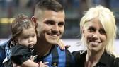 Mauro Icardi (Inter) và người đại diện Wanda Nara. Ảnh: Getty Images.