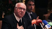 Carlo Tavecchio trong một buổi họp của FIGC. Ảnh: Getty Images.