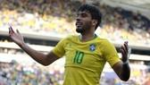 Paqueta trong màu áo Brazil
