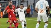Marseille áp sát PSG