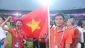 HLV Nguyễn Mạnh Hiếu và VĐV Bùi Thị Thu Thảo luôn nỗ lực để đạt được kết quả tốt nhất trong nội dung nhẩy xa. Ảnh: M.HIẾU