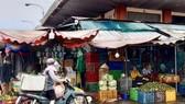 Hoc Mon produce wholesale market before the social distance period