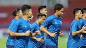 """""""Messi Thái"""" tránh áp lực trước trận đại chiến với Việt Nam"""