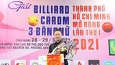Cơ thủ Yến Nhi vô địch giải Billiard Carom 3 băng nữ đầu tiên của Việt Nam. Ảnh: DŨNG PHƯƠNG