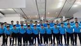 Toàn đội tại sân bay Tân Sơn Nhất tối 9-2. Ảnh: Anh Trần