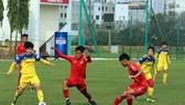 """Các cầu thủ trẻ PVF là """"quân xanh"""" bồ ích cho đội tuyển nữ Việt Nam. Ảnh: Đoàn Nhật"""