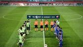 Các cầu thủ không hạn chế nói chuyện với nhau, không bắt tay... ở K-League 2020.