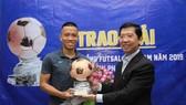 Trao giải Quả bóng đồng futsal Việt Nam 2019 cho cầu thủ Phạm Đức Hòa