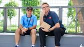 Ông Troussier quan sát các trận đấu tại VCK U19 đang diễn ra tại PVF. Ảnh: KHẢ HOÀ