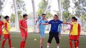 Thầy trò đội U19 Việt Nam phải đợt sang năm 2021 mới hội quân