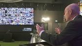 Chủ tịch FIFA Gianni Infantino chủ trì cuộc họp