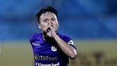 Quang Hải lập công ở bàn thắng quyết định cho Hà Nội FC. Ảnh: MINH HOÀNG