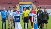 Tại buổi quyên góp trước trận đấu trên sân Tự Do, đội Huế đã ủng hộ 20 triệu đồng theo lời kêu gọi của VPF để hướng đến các nạn nhân bị lũ lụt