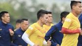 Quang Hải trên sân tập ngày 20-12. Ảnh: MINH HOÀNG